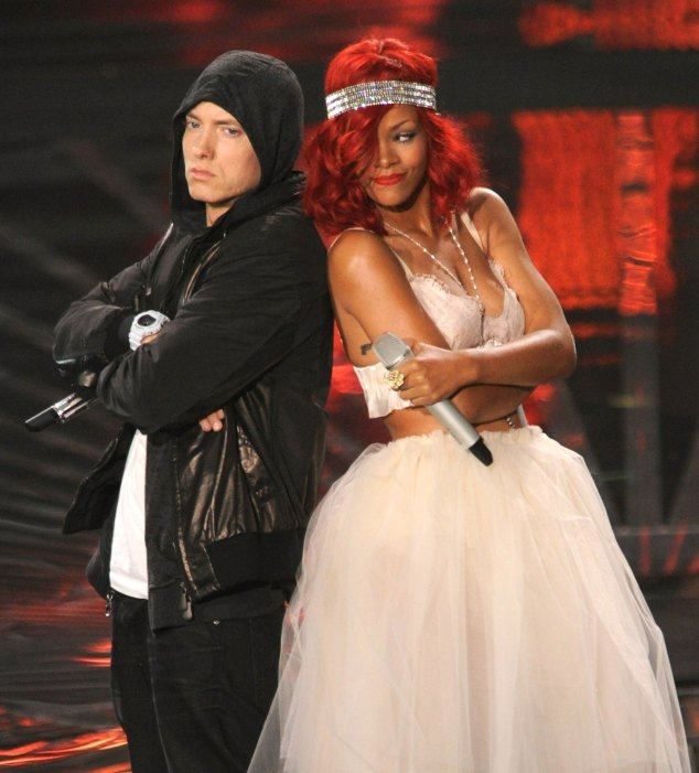 eminem-rihanna-the-monster-tour-photo.jpg